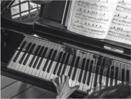 Pianoles en Luistercursussen Limburg